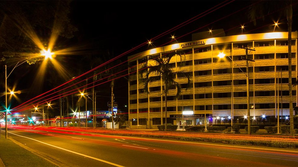 Image of Gladstone Road, at night.