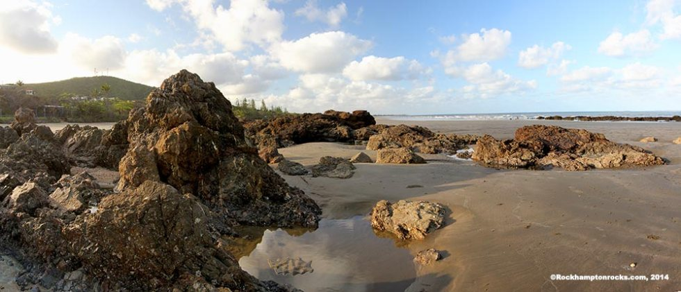 Panorama image of Yeppoon beach